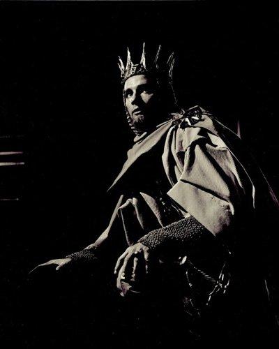 WK as Richard II